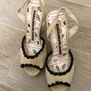 Cute heels!!! In great condition!!
